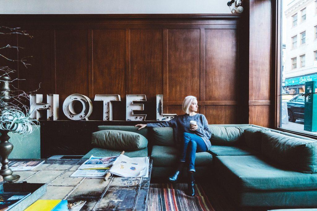 エイチ・アイ・エスが仕掛ける近未来型ホテル|チャットボットやWeb接客・RPA等のAI・人口知能製品・サービスの比較・検索・資料請求メディア