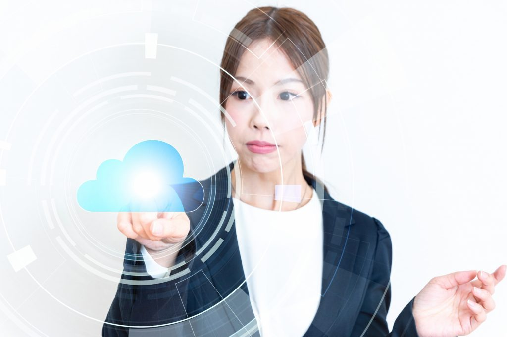 「AI先生」がやってくる?!教育現場でのAI活用を推進|人工知能を搭載した製品・サービスの比較一覧・導入活用事例・資料請求が無料でできるAIポータルメディア