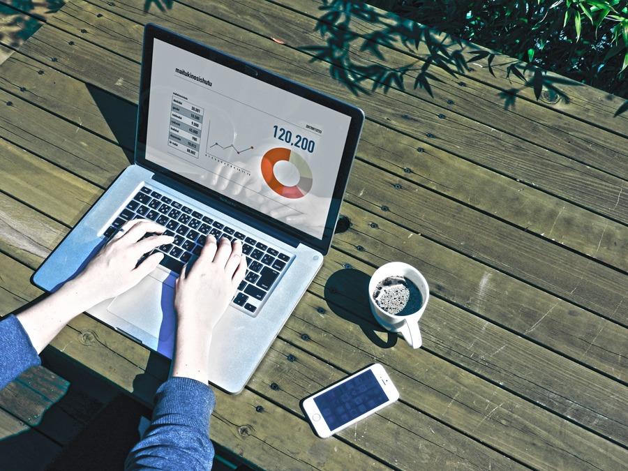 無料で利用できる!フリーの営業支援ツールはこれだ!|人工知能を搭載した製品・サービスの比較一覧・導入活用事例・資料請求が無料でできるAIポータルメディア