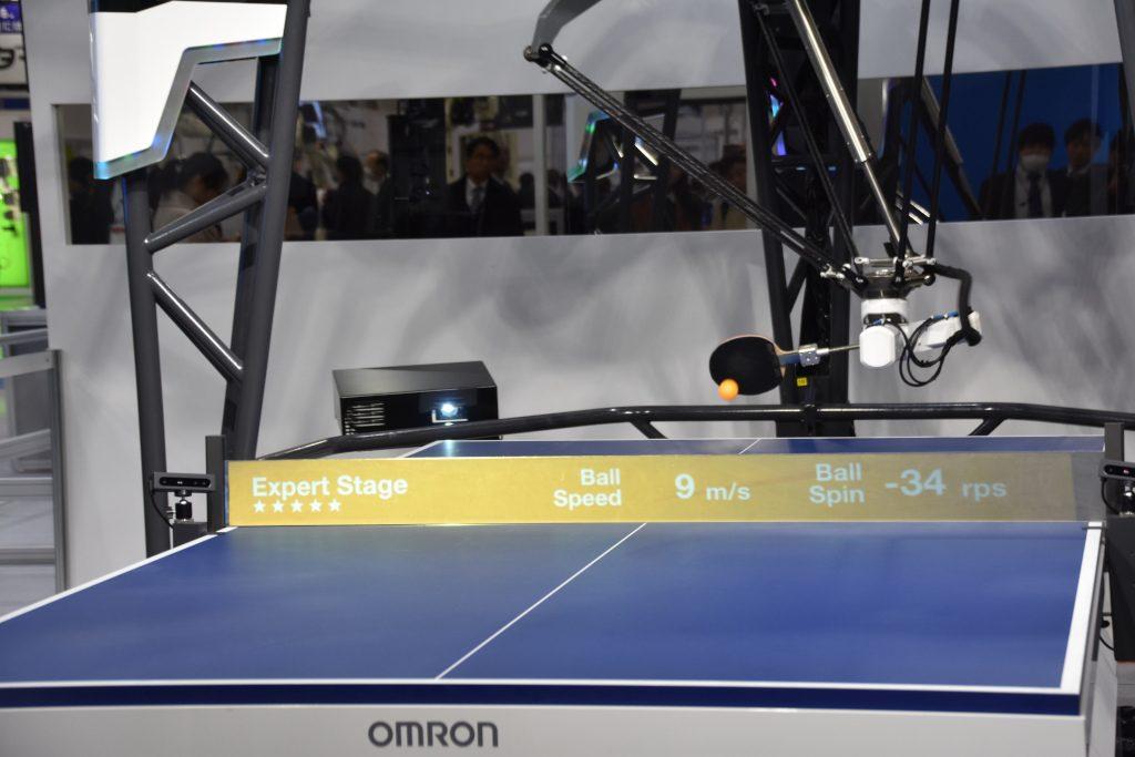 人気ゲームに搭載のAI、卓球ロボットで現実空間への挑戦【AIニュース】