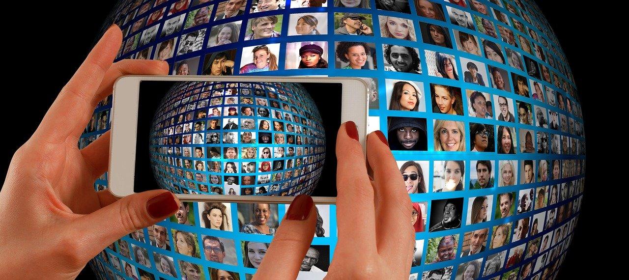 ■閲覧履歴やネットワークカメラを用いて行われる「行動予測」の仕組み|人工知能を搭載した製品・サービスの比較一覧・導入活用事例・資料請求が無料でできるAIポータルメディア