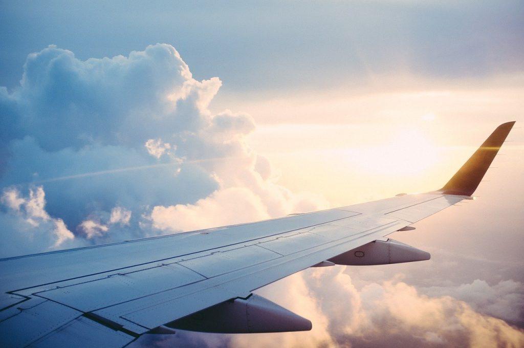 航空業界へのAI・人工知能導入が進むことで生まれる変化とは?|人工知能を搭載した製品・サービスの比較一覧・導入活用事例・資料請求が無料でできるAIポータルメディア