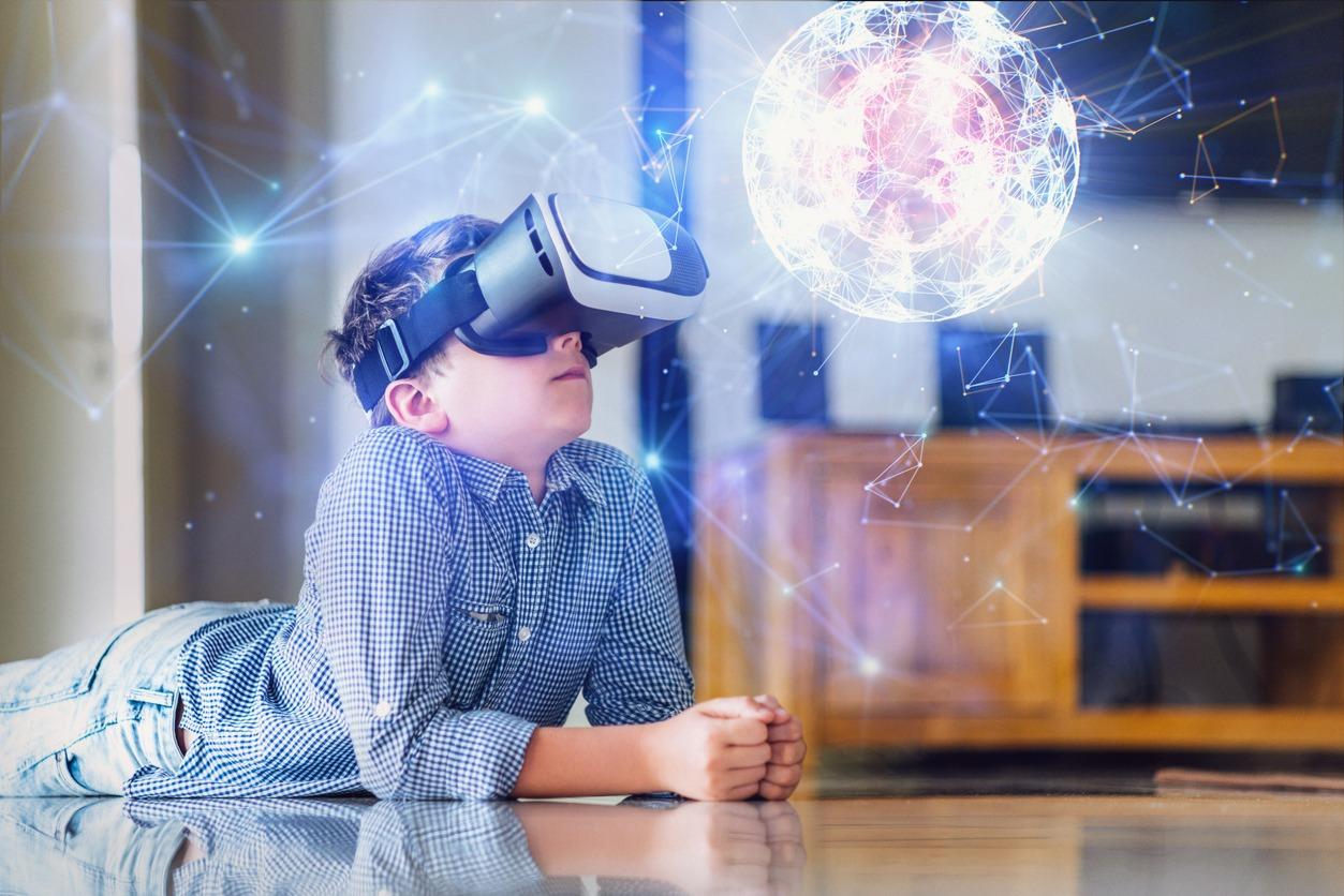 ■AI・人工知能とVR(仮想現実)が結びつくと未来が変わる?|人工知能を搭載した製品・サービスの比較一覧・導入活用事例・資料請求が無料でできるAIポータルメディア